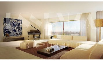 Luxury T5 bedroom apartment, in the distinctive Essenza development, with unique features and views