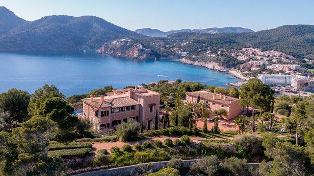 Villa in Camp de Mar, Mallorca, Balearic Islands, Spain 1