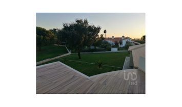 5 bedrooms House/villa for Sale
