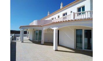 Villa T6 10 minutes from Tavira