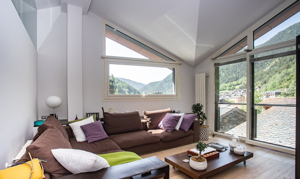 House For Sale In La Cortinada