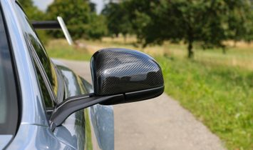 2015 Aston Martin GT12