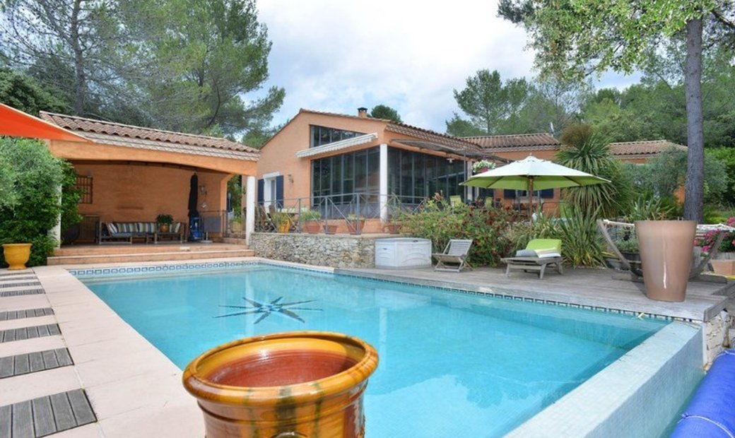 Dpt Gard (30), for sale NIMES house P6 of 220 m² - Land of 3 034,00 m² - Ground level