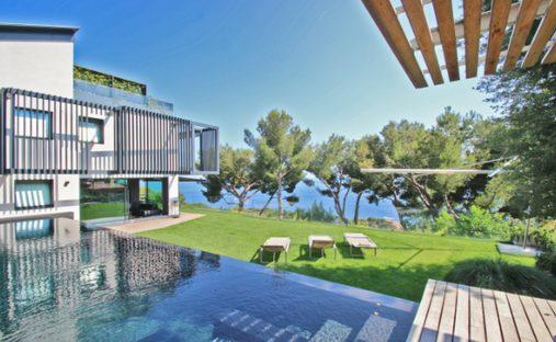 Villa in Cap-d'Ail, Provence-Alpes-Côte d'Azur, France