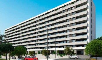 Célere Miraflores. 4-Bedroom apartment with balcony