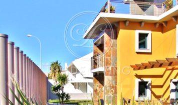 3 + 2 Bedroom Villa, with panoramic lift and sea view-Paço de Arcos (Cascais)
