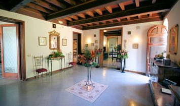 Single house for sale in Capannori