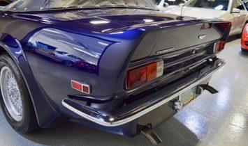 Aston Martin Vantage Volante