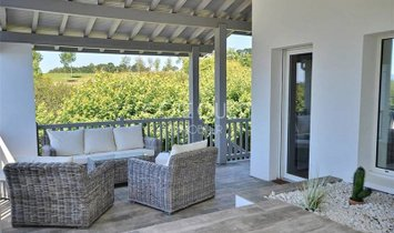 A PROPERTY NEAR ARCANGUES GOLF COURSE ENJOYING A VIEW OF THE ICONIC RHUNE MOUNTAIN