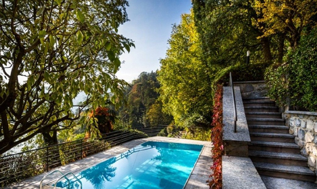 Panoramic villa on Lake Como