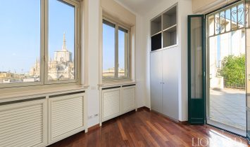 Luxury penthouse with a view of Milan's Cathedral