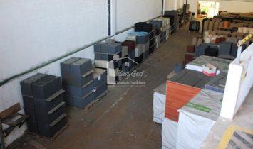Warehouse in Valado dos Frades
