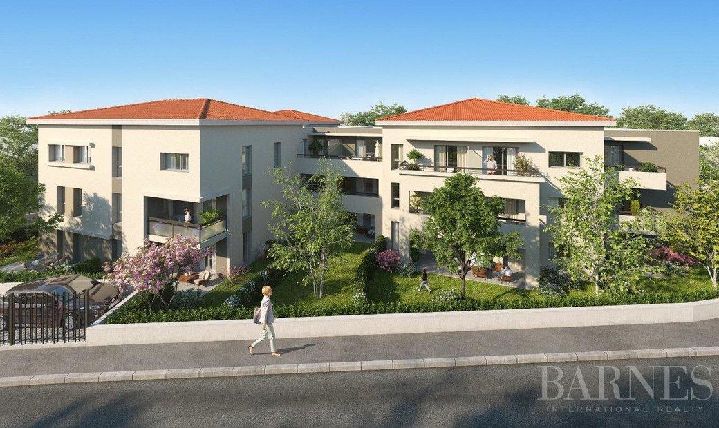 Sale - Apartment Sainte-Foy-lès-Lyon