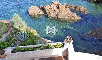 Sale - Villa Agay