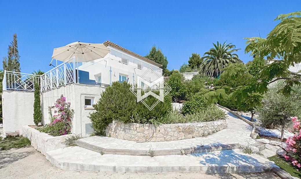 Sale - Villa Golfe-Juan