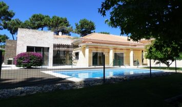 5 bedroom villa in Aroeira, Setúbal, in Southern Lisbon.