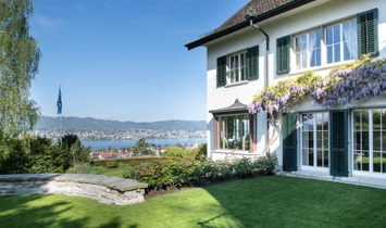Country House Villa With Lake View
