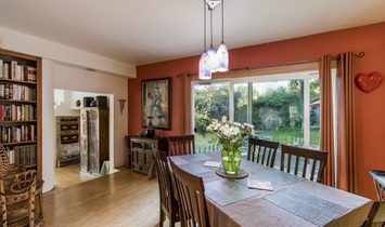 2 Bedrooms Single Family Detached