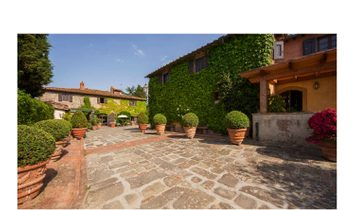 Villa à Figline e Incisa Valdarno, Toscane, Italie 1