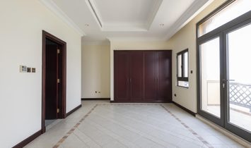Atrium Entry | 4 Bed Villa | Marina Skyline View
