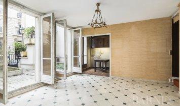 Sale - Apartment Paris 4th
