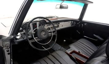 1968 Mercedes-Benz 280SL Pagoda – Restored by BRABUS Classic