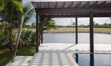 The Channels   Canal Front Contemporary Home