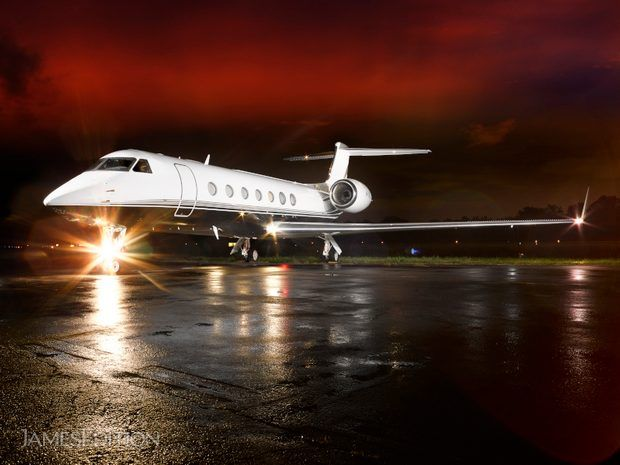 Gulfstream G550 - Fwd Galley  (10679533)