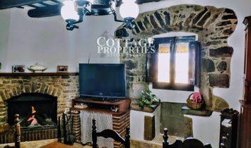 Ullastret Casas de pueblo