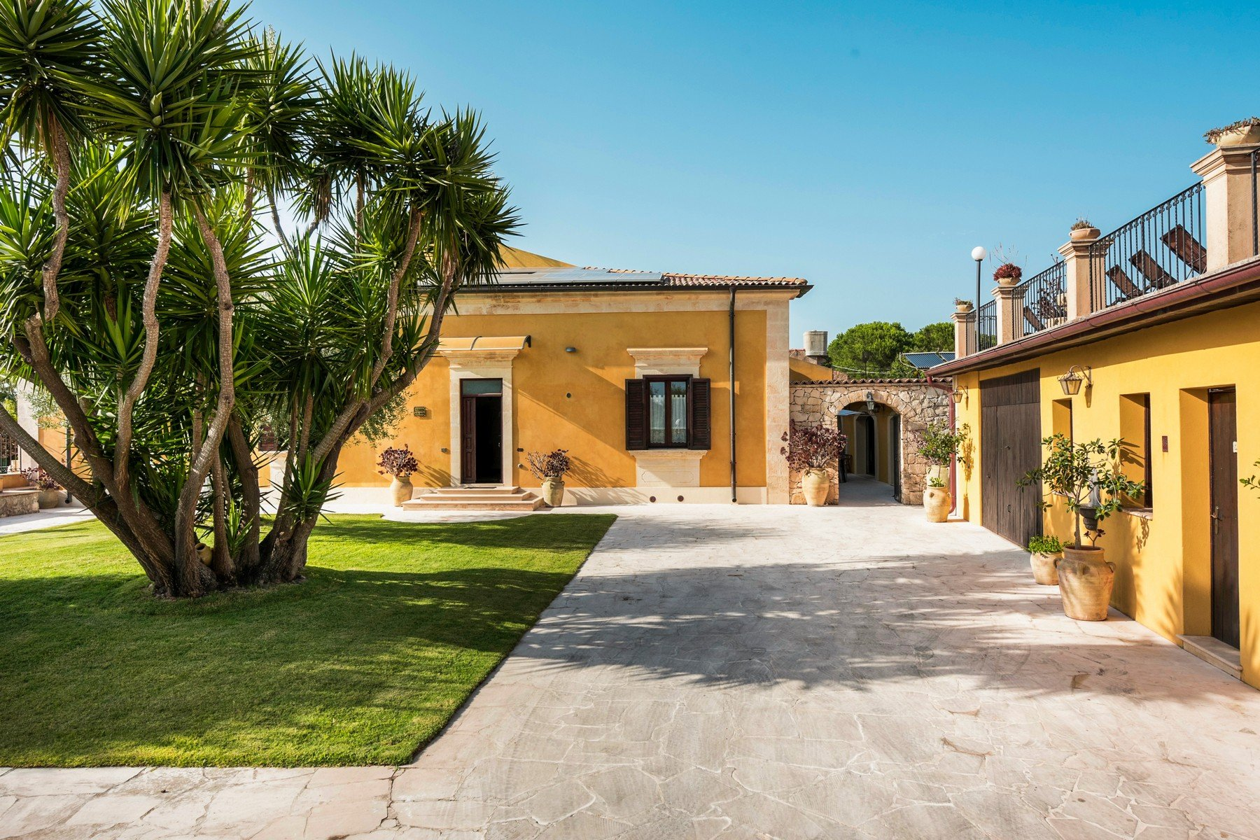 House in San Corrado di Fuori, Sicilia, Italy 1