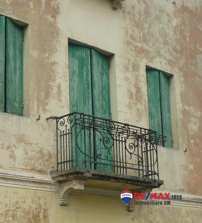 Villa in Treviso, Veneto, Italy 1 - 10681396