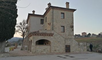 OLD COTTAGE IN THE TODI'S HILL