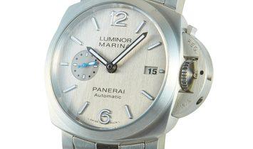 Officine Panerai Officine Panerai Luminor Marina - 42mm Watch PAM00977