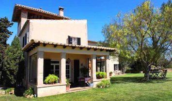 DIRECT MALLORCA Tuscany style manor house with sea views near Palma