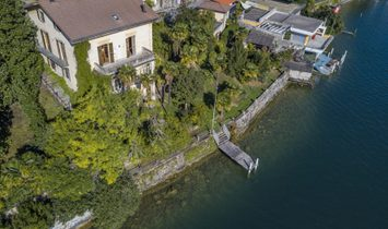 Classic Villa Directly By The Lake