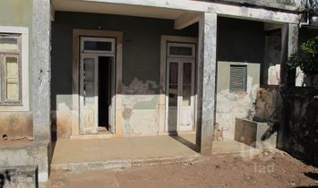 12 bedrooms House/villa for Sale