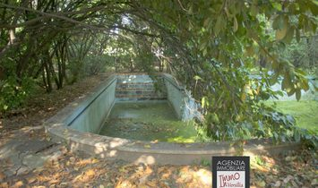 Bozzano: Prestigious villa with park