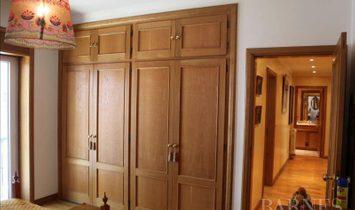 Sale - Apartment Estoril