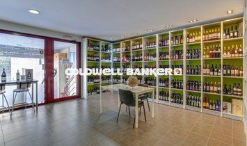 Barcelona Commercial Unit