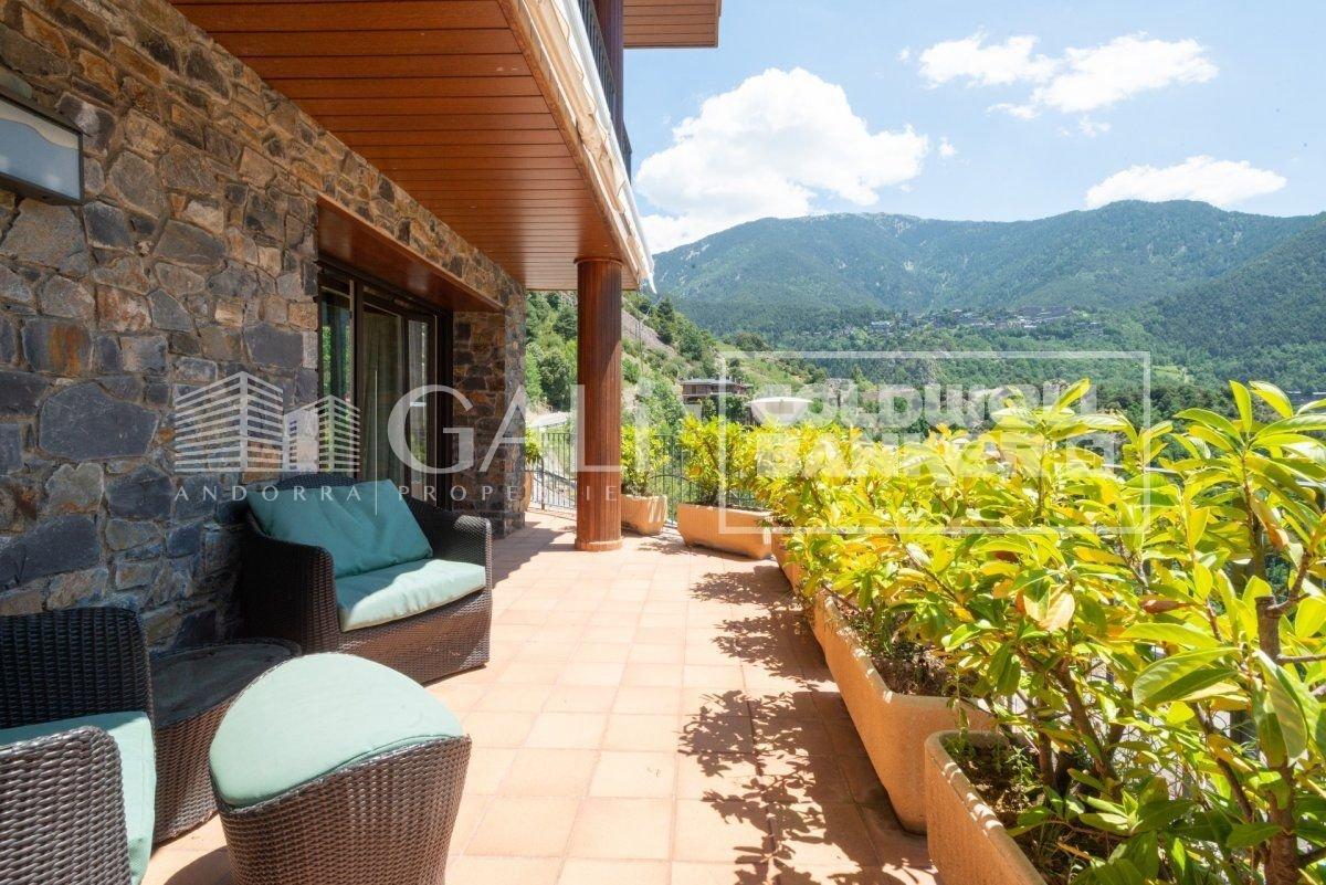 Villa in Les Escaldes, Les Escaldes, Andorra 1 - 10690838