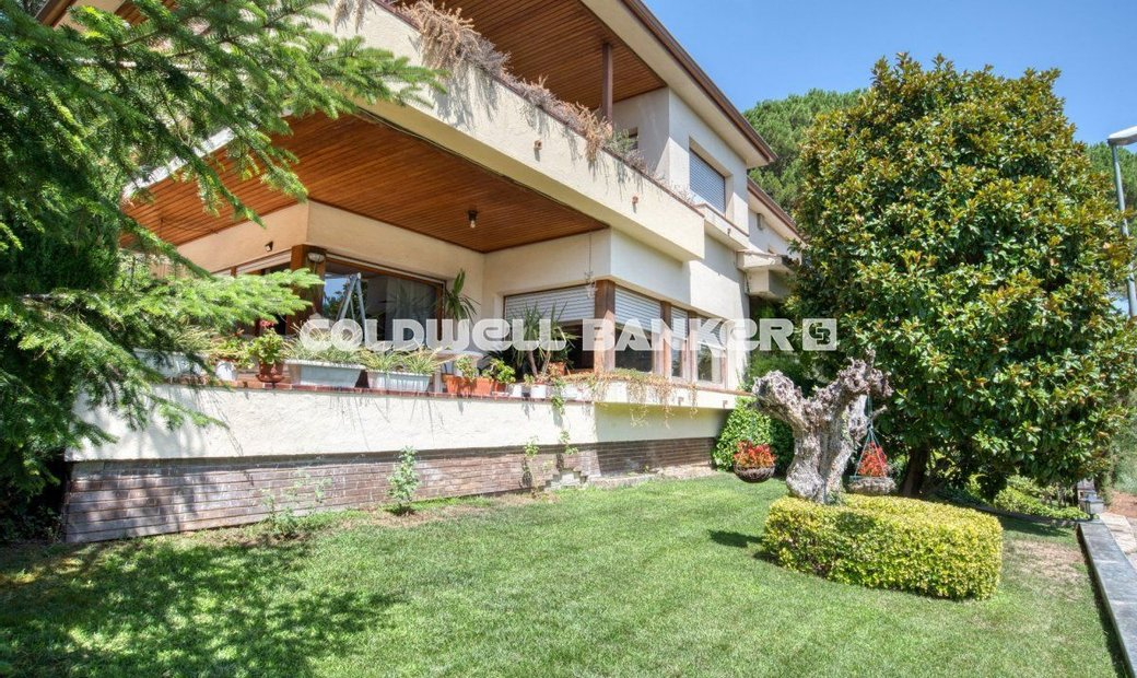 Girona Villa