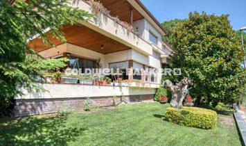 Villa in Girona, Spain 1