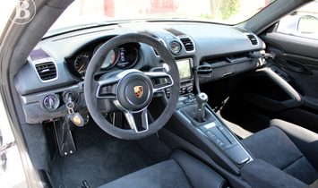 Porsche GT4 110km
