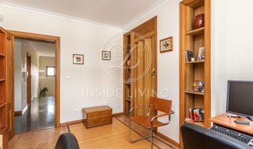 5 + 2 bedroom Villa, Lisbon