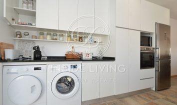 5 Bedroom Villa in Praia das Maçãs - Sintra