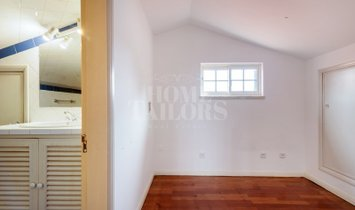 House T4 in great condition, close to the beach, in Oeiras