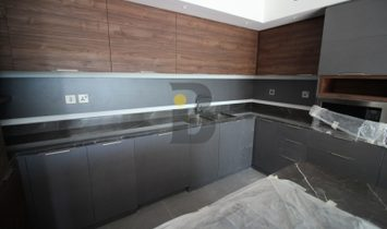 Contemporary Townhouse   Quality Finishings