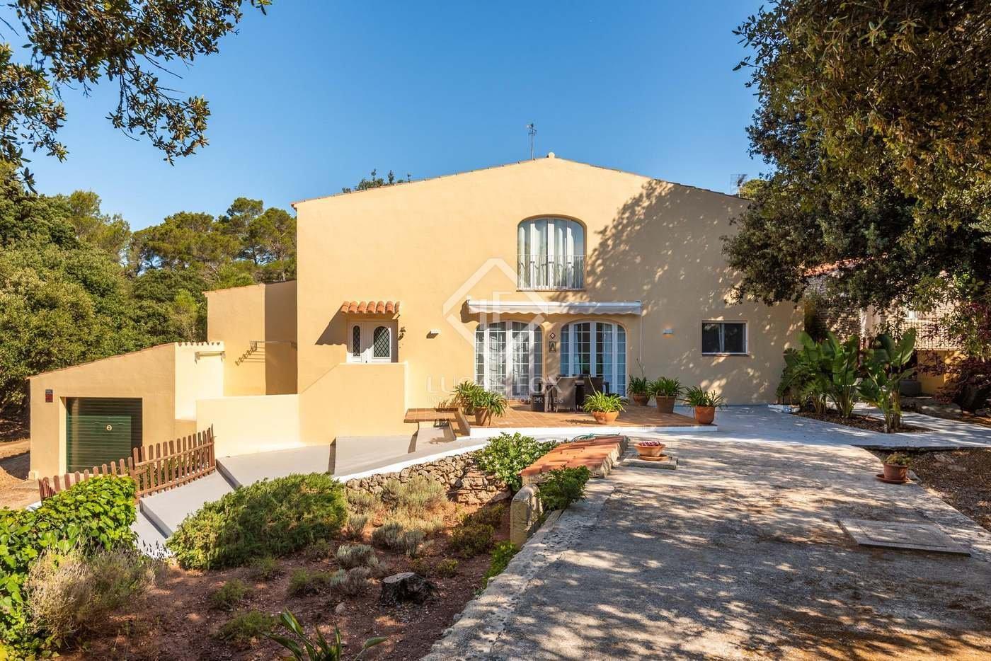 House in Es Mercadal, Balearic Islands, Spain 1