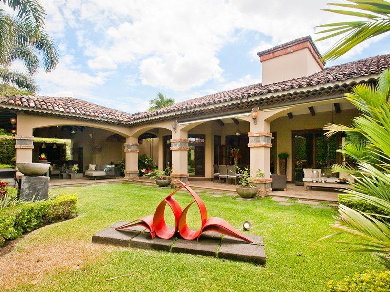 House in Santa Ana, San José Province, Costa Rica 1