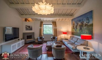 Umbria - TODI: MODERN COUNTRY HOUSE WITH POOL AND PANORAMIC VIEW FOR SALE